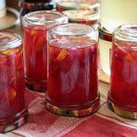 Gelée de rose au vin rouge